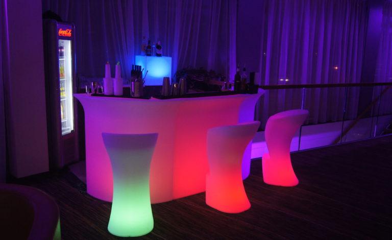 MEBLE LED na imprezie sylwestrowej!
