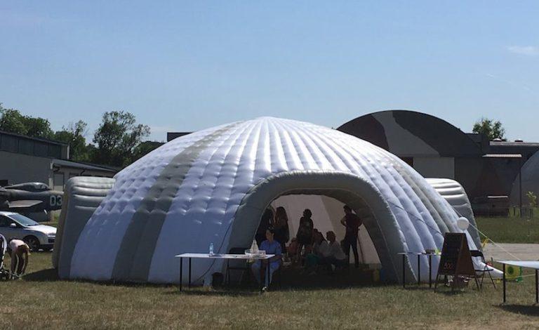 Namiot CIRCLE, piknik w Muzeum Lotnictwa