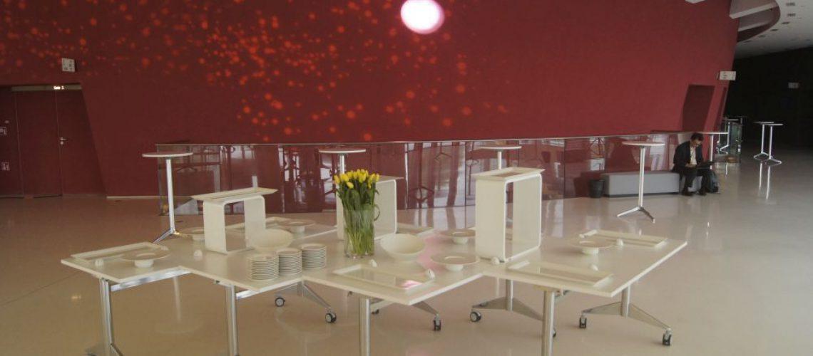 ICE kraków kostki regały expo kostki led wynajem mebli na imprezy firmowe (7)