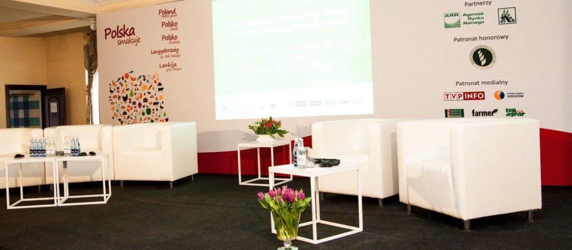 wynajem foteli stolików konferencje eventy meble eventowe3